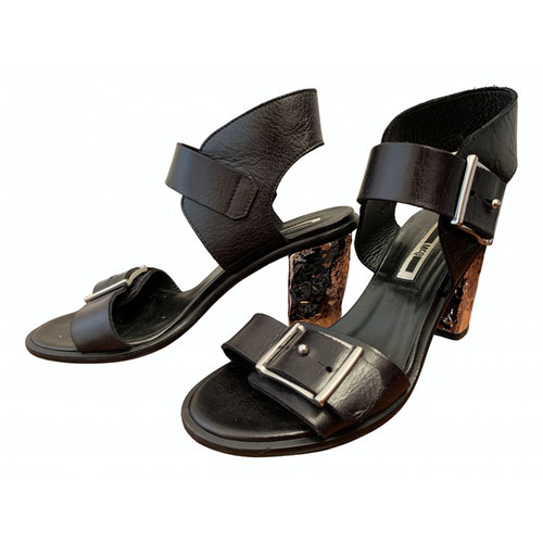 Pre-owned Mcq By Alexander Mcqueen Black Leather Sandals