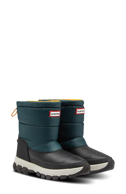 Hunter Original Waterproof Insulated Short Snow Boot In Green Jasper/ Geysers