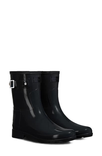 Hunter Refined Short Gloss Rain Boot In Black