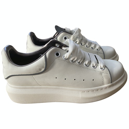 Pre-owned Mcq By Alexander Mcqueen White Leather Trainers