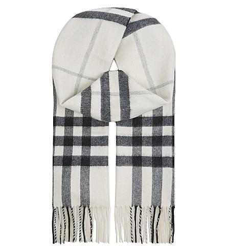Burberry Giant Check Cashmere Scarf In Natural White Chk