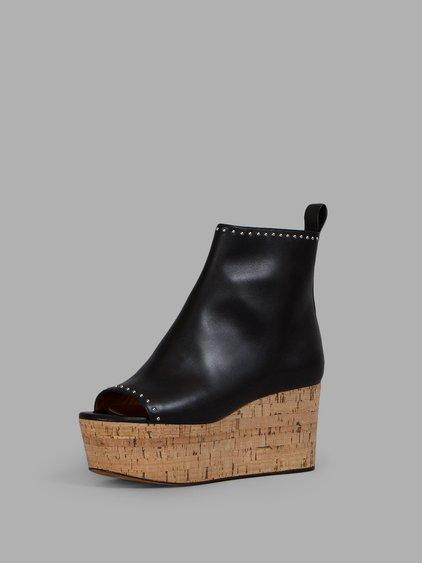 dde42340646 Elegant Line Wedge Ankle Boots in Llack
