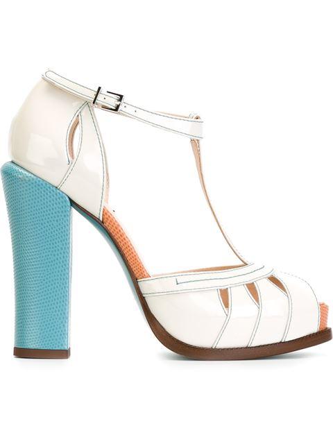 6c64bda4cd1 Fendi Patent Leather Block Heel Sandals