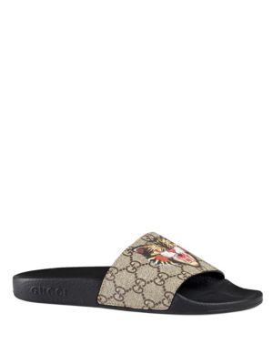 f2f95395636ad Gucci Pursuit Cat-Print Canvas Slider Sandals In Beige