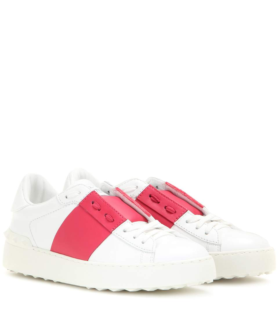 Valentino Open Contrast Panel Stud Sneakers In White And Blush Nude In White/fuchsia