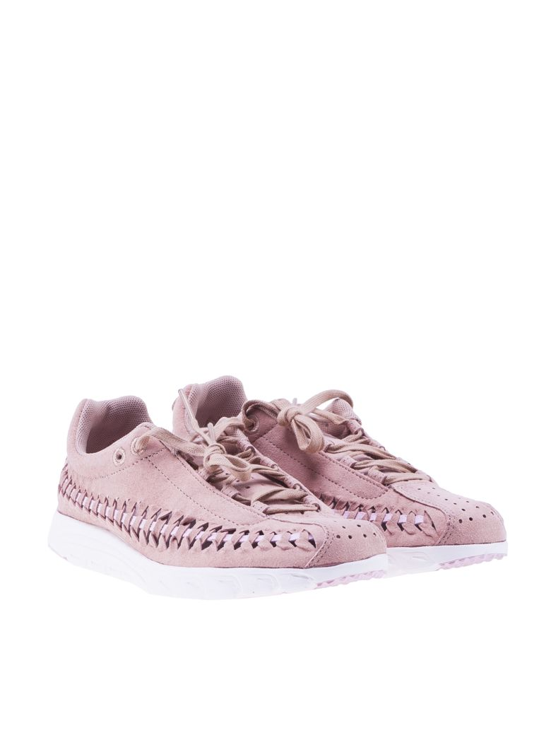 dc6ab8ed5ce Nike Women S Mayfly Woven Casual Shoes