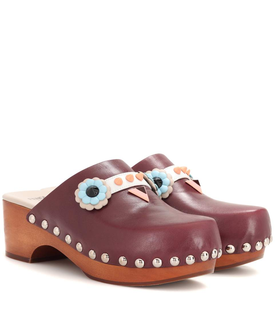Fendi Embellished Leather Clogs In Red