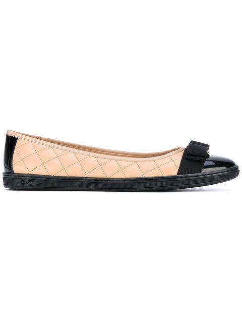 Salvatore Ferragamo Quilted Vara Ballerina Shoes - Neutrals