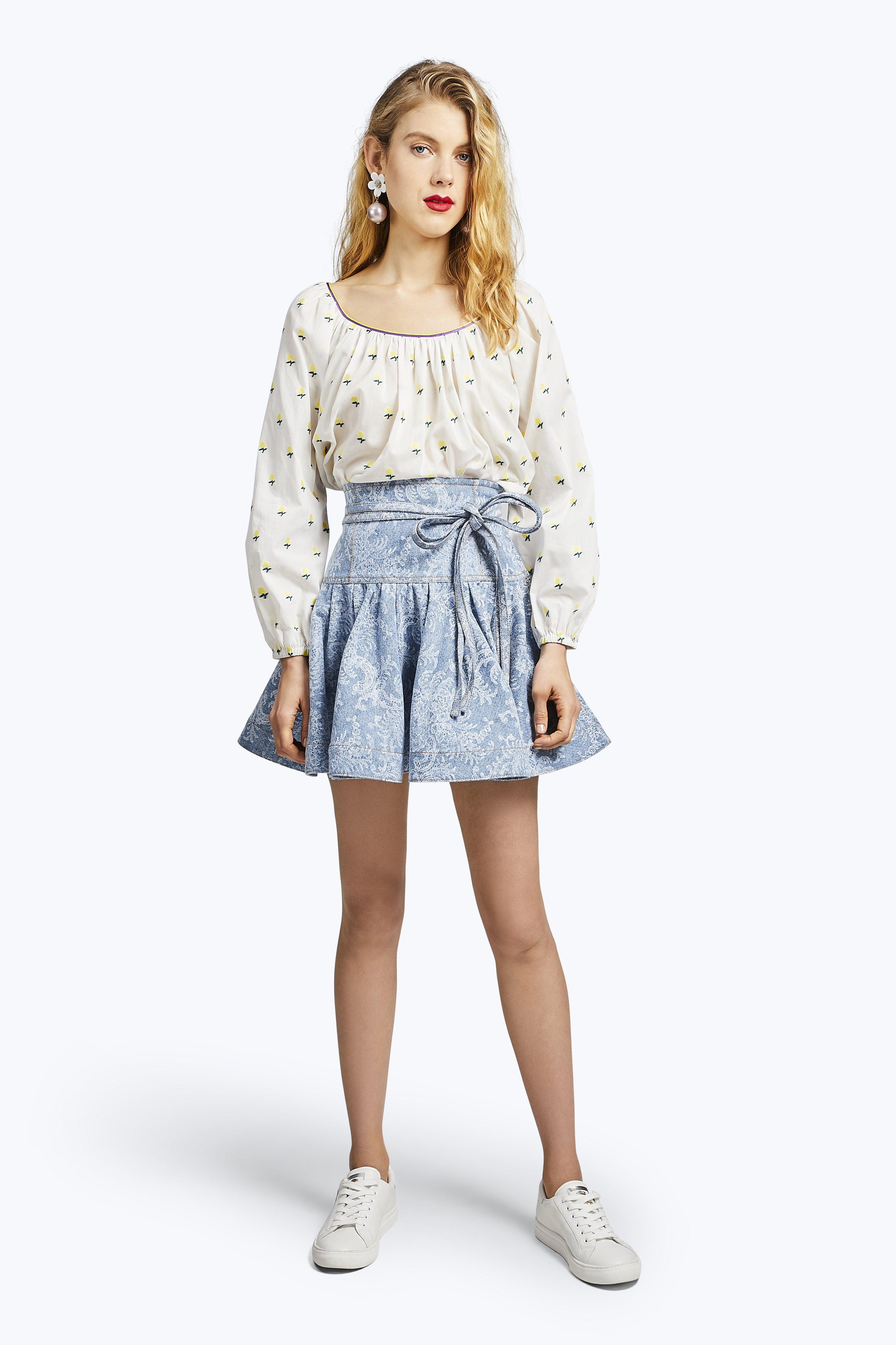 Marc Jacobs Lace Printed Ruffle Denim Skirt In Indigo Lace