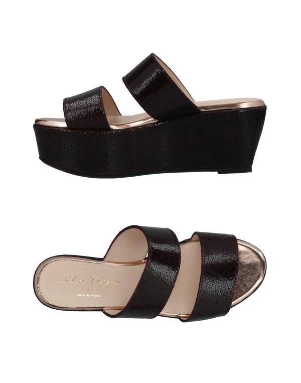 Robert Clergerie Frazuc Leather Flatform Sandals In Black