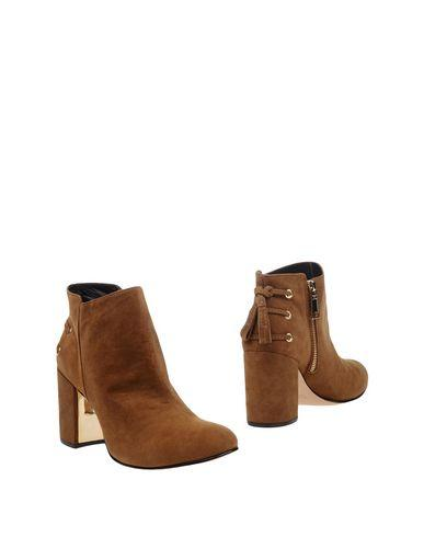 Rachel Zoe Ankle Boot In Khaki