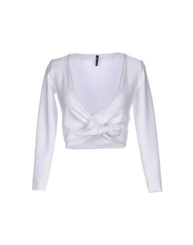 Lisa Marie Fernandez Shrug In White