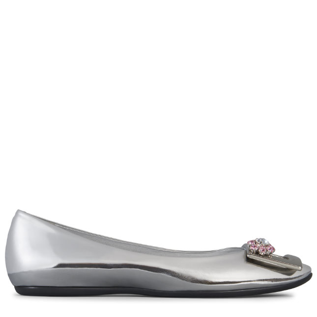 fa5b2eb20e6 Roger Vivier Gommette Jewels Metal Buckle Ballerinas In Leather In Silver