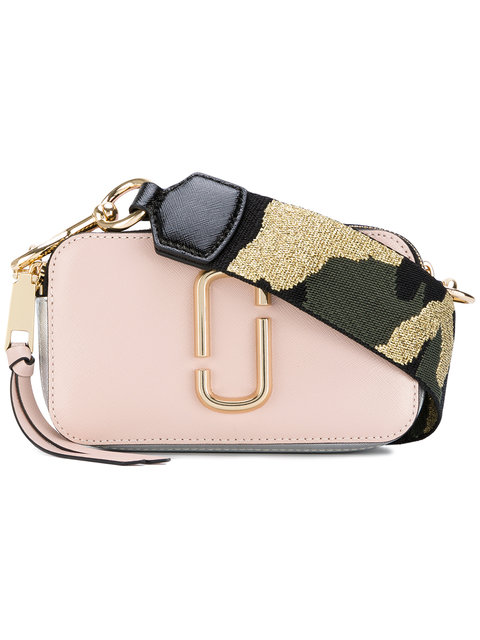 64e2612ff4e8 Marc Jacobs Snapshot Leather Shoulder Bag In Pink Purple