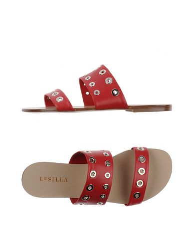 Le Silla In Red