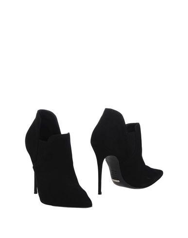 Schutz Ankle Boot In Black