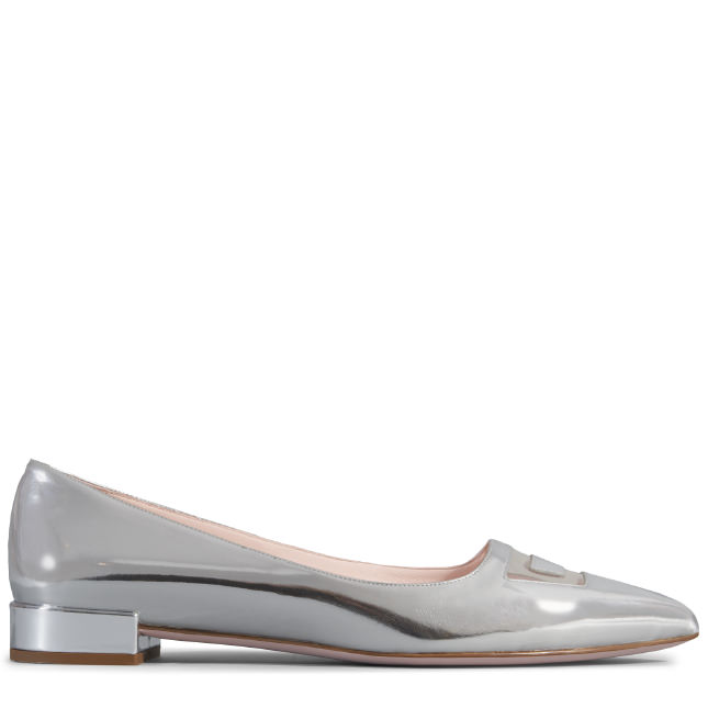 Roger Vivier Pointy Ballerinas In Leather In Silver