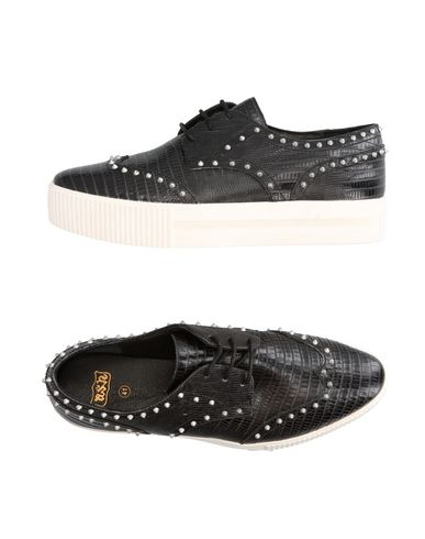 Ash Laced Shoes In Black