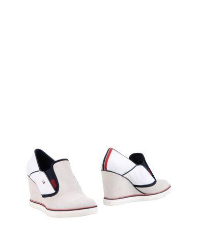 Tommy Hilfiger Booties In White