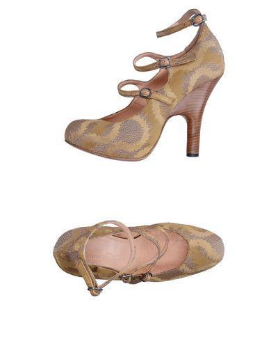 Vivienne Westwood Pumps In Gold
