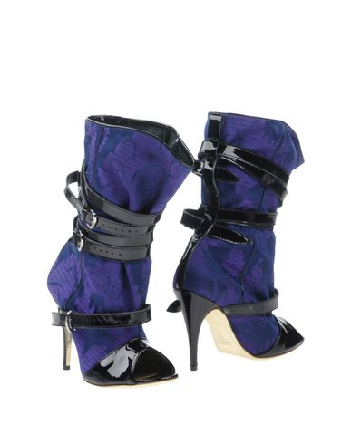 Vivienne Westwood Ankle Boot In Purple