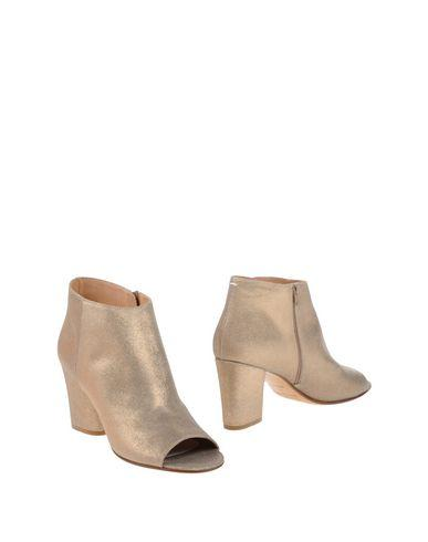 Maison Margiela Ankle Boots In Dove Grey