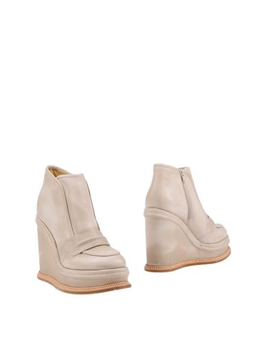Maison Margiela Ankle Boot In Beige