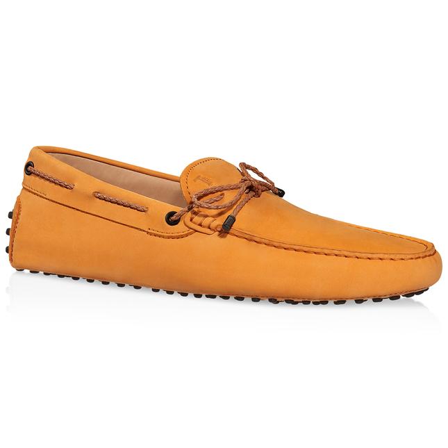 Tod's Gommino Driving Shoes In Nubuck In Orange