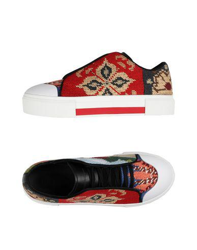 Alexander Mcqueen Needlepoint Platform Low-Top Sneaker In Multicolour