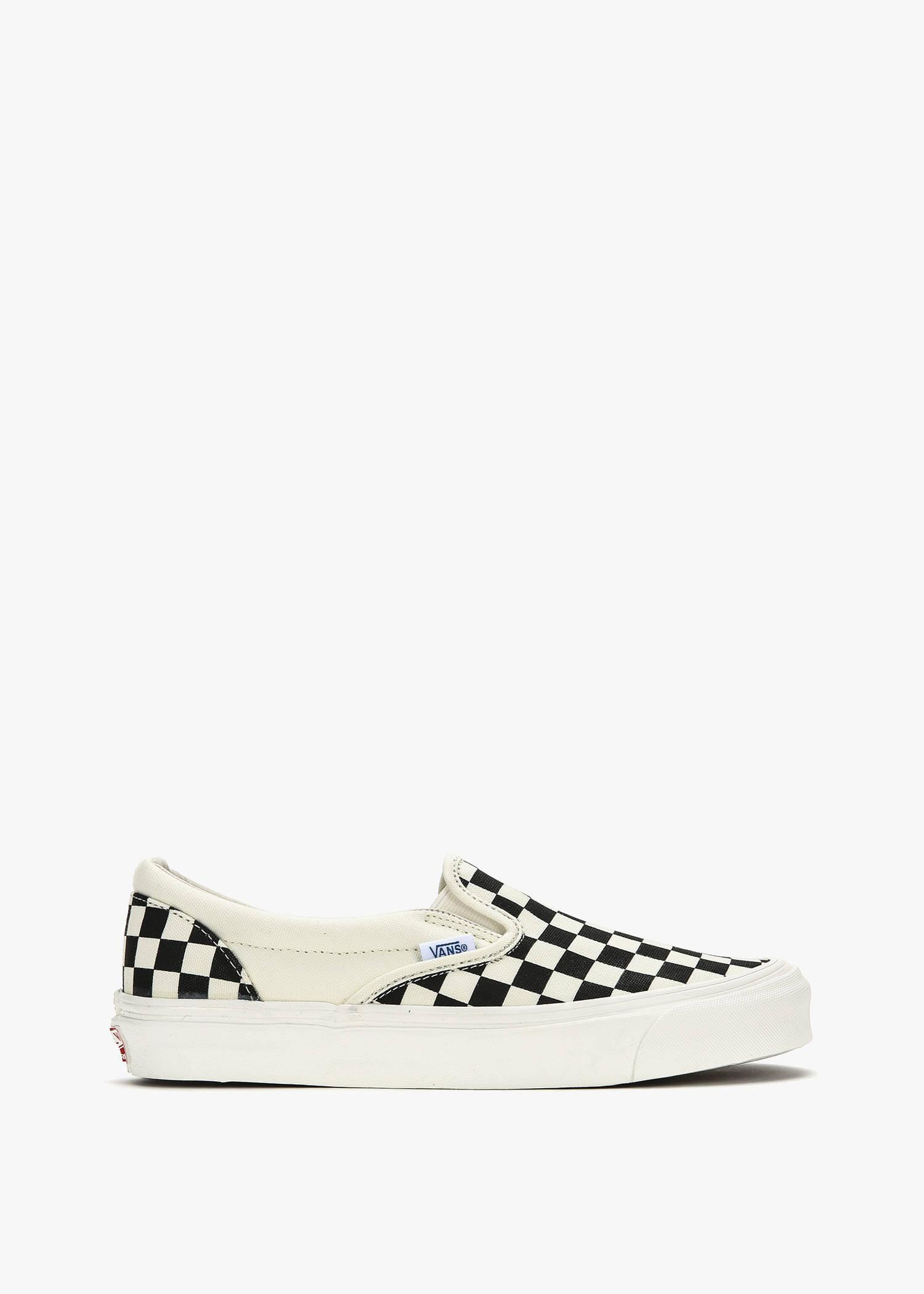 Vans Off-white And Black Checkerboard Og Classic Slip-on Sneakers In Blk/wht Chc