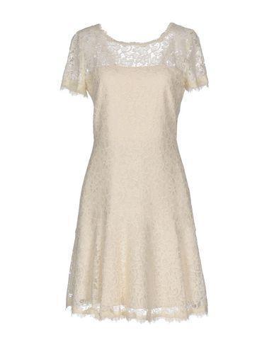 Diane Von Furstenberg Short Dresses In Beige