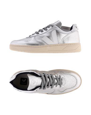 Veja Sneakers In Silver