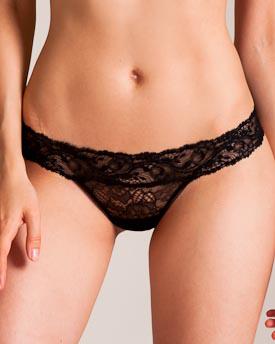 La Perla Freedom Leavers Lace Brazilian Thong In Black