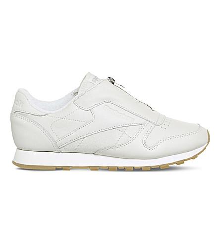 Reebok Classic Leather Sneakers In Chalk Sandstone