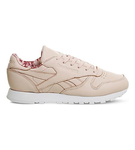 Reebok Classic Leather Low-top Sneakers In Luna Pink Print