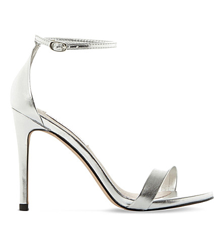 Steve Madden Stecy Metallic Faux-leather Sandals In Silver-synthetic