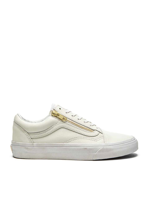 a pesar de dentista Uganda  Vans Old School Zip Sneaker In True White & Gold | ModeSens