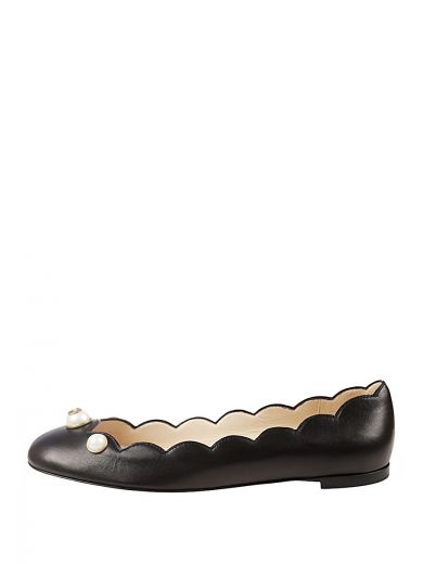 b81973343f7 Gucci Black Leather Pearl Embellished Ballet Flats