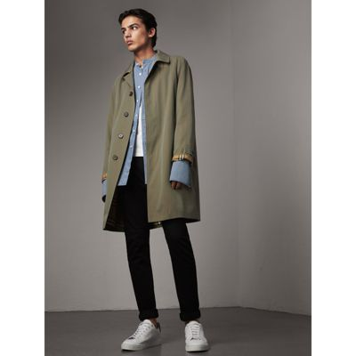 Burberry The Camden Car Coat In Chalk Green