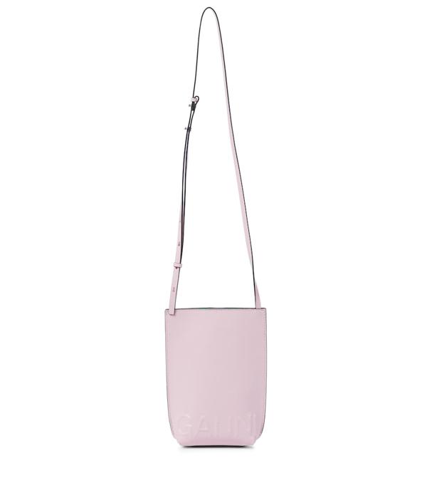 Ganni Leather Crossbody Bag In 粉红色