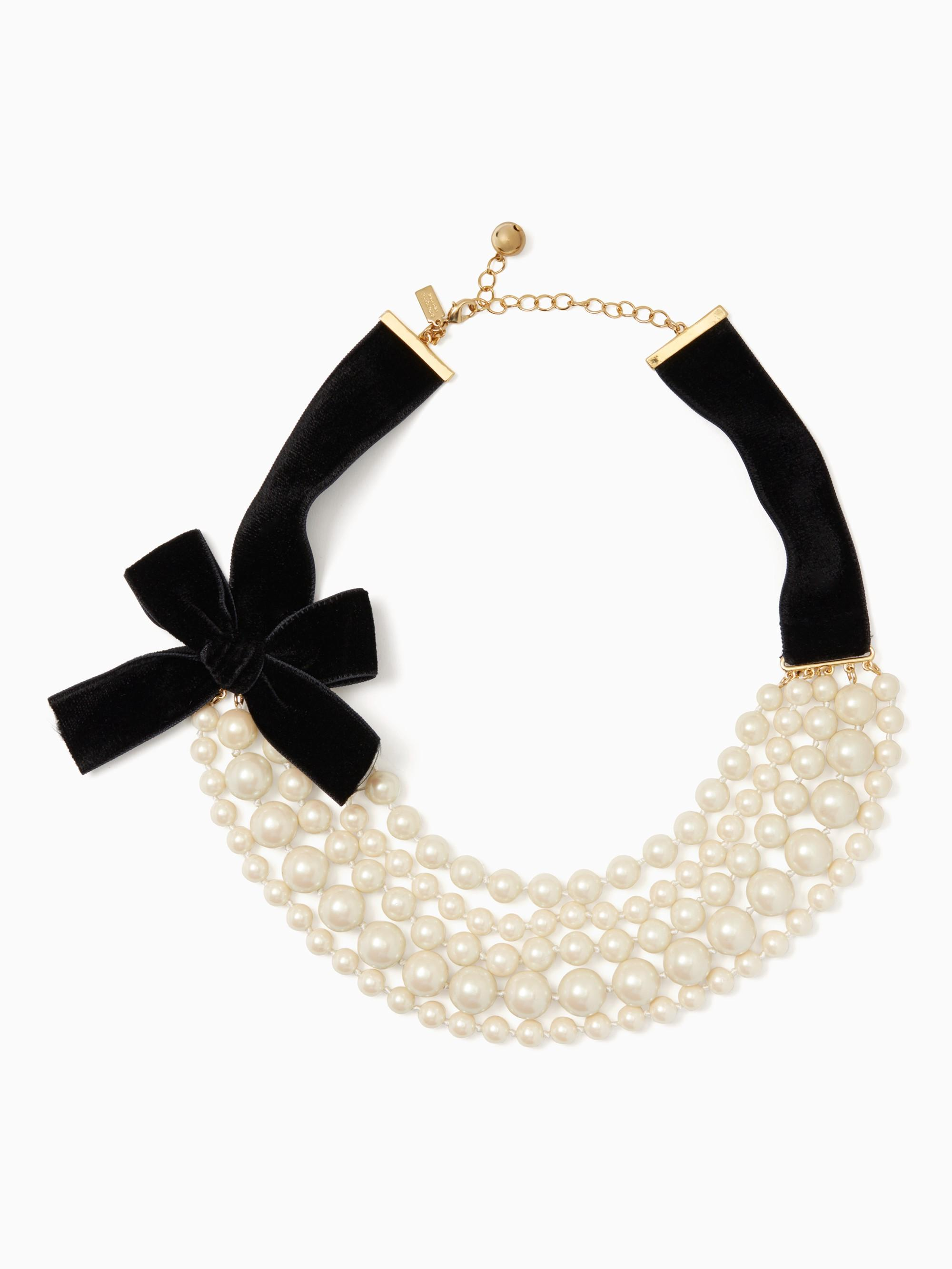 Kate Spade Girls In Pearls Frontal Necklace In Cream