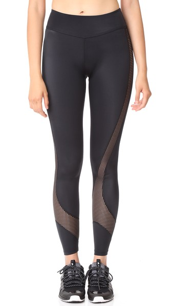 Beyond Yoga Ravine Long Leggings In Black
