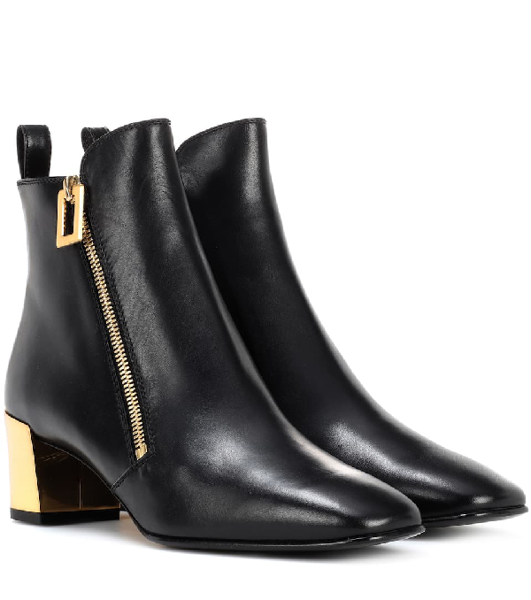 Roger Vivier Polly Zip Leather Ankle Boots In Black