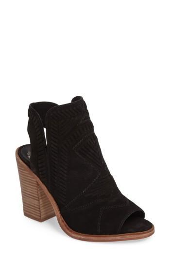 Vince Camuto Karinta Block Heel Bootie In Black