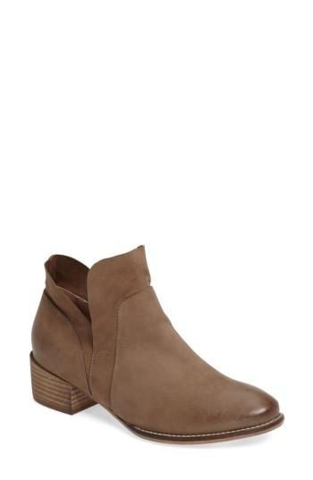 Seychelles Dwelling Bootie In Taupe Leather