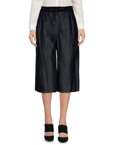 Ottod'ame 3/4-length Shorts In Black