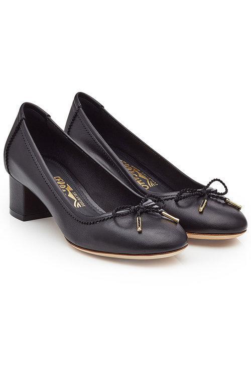 Salvatore Ferragamo Leather Kitten Heel Pumps In Black