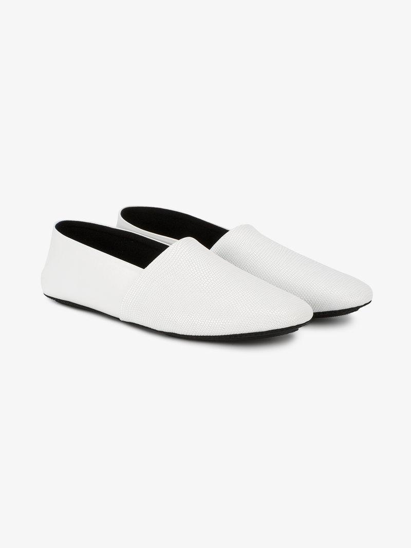 Newbark Jacks Flat Slip On Loafers In White