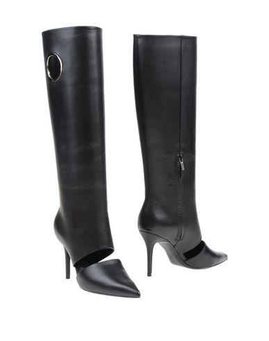 Salvatore Ferragamo Boots In Black