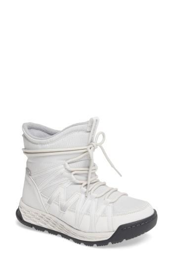 New Balance Q416 Weatherproof Snow Boot In White